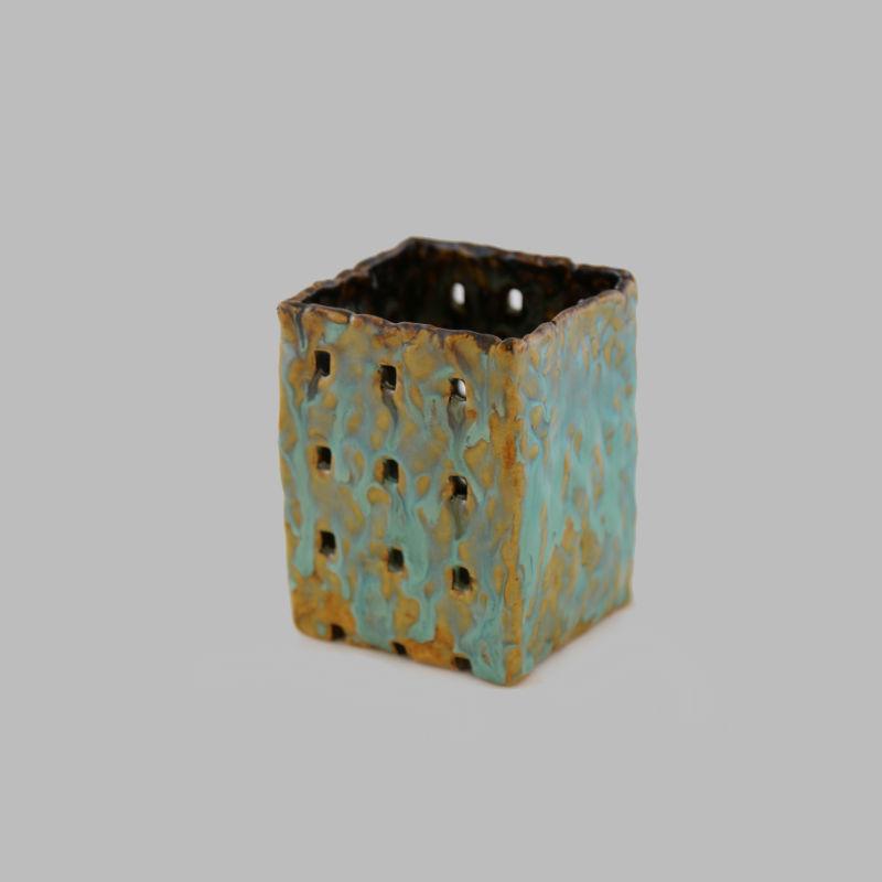 Подсвечник формов.с глазурью ручная лепка